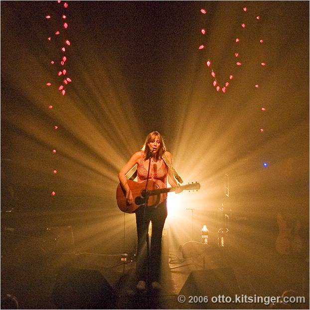 Live concert photo of Beth Orton