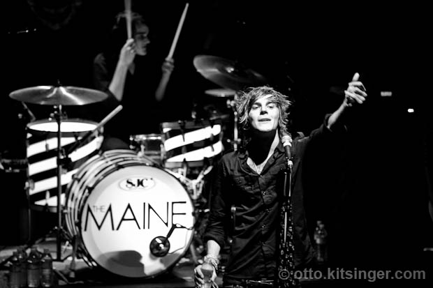 Live concert photo of The Maine