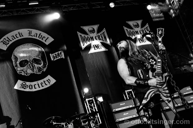 Live concert photo of Black Label Society